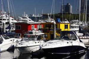 Miete zu teuer? Auf dem Hausboot ist die Steuer gleich null.