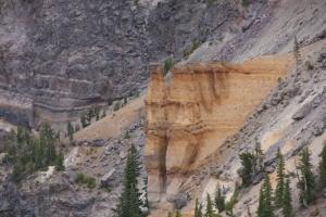 """das """"Schloss"""" am Crater Lake - übrig gebliebene Lavaschicht von früherem Ausbruch"""