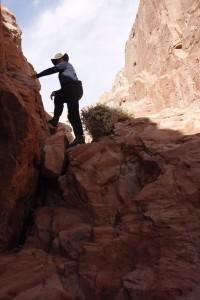 Hole-in-the-Rock. Hier sind die Planwagen runter geschafft worden